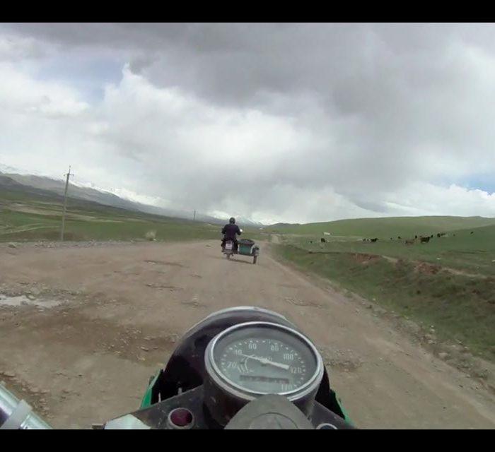Voyage moto side car