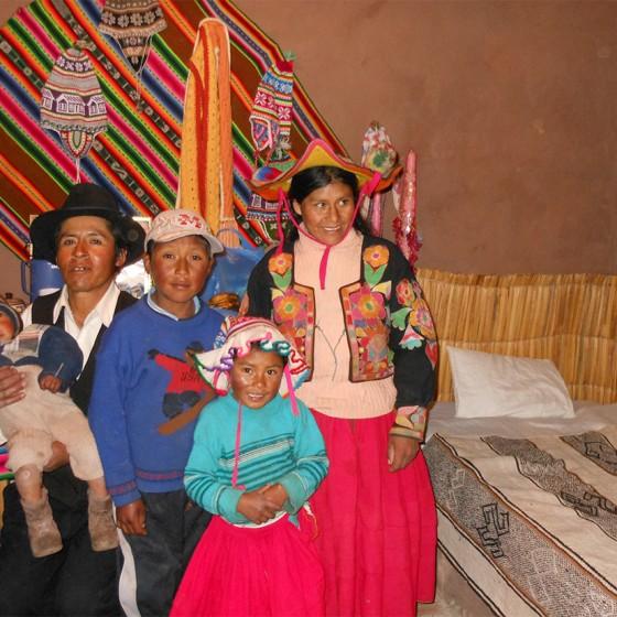 Chez l'habitant, sur les berges du Titicaca