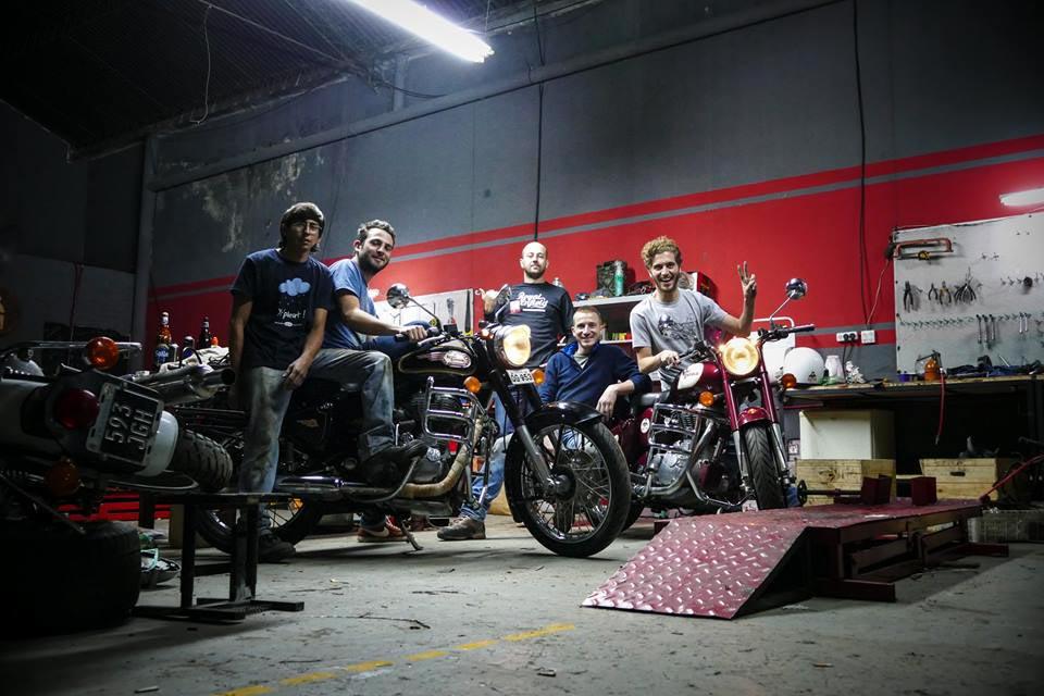 Garage moto Mono 500
