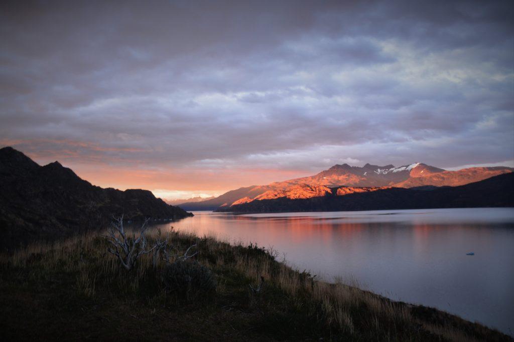 paysage lac patagonie