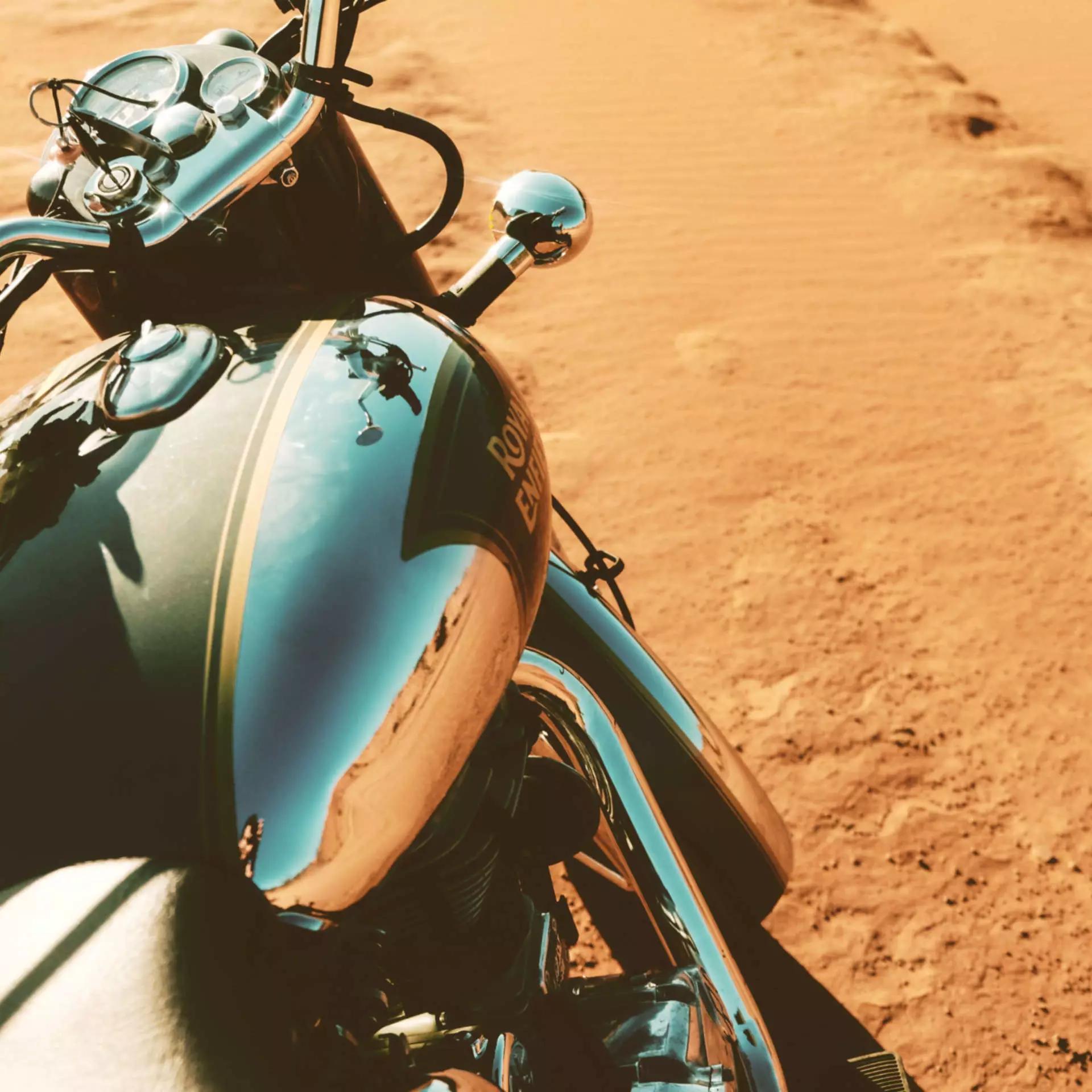 Road trip moto Tanzanie