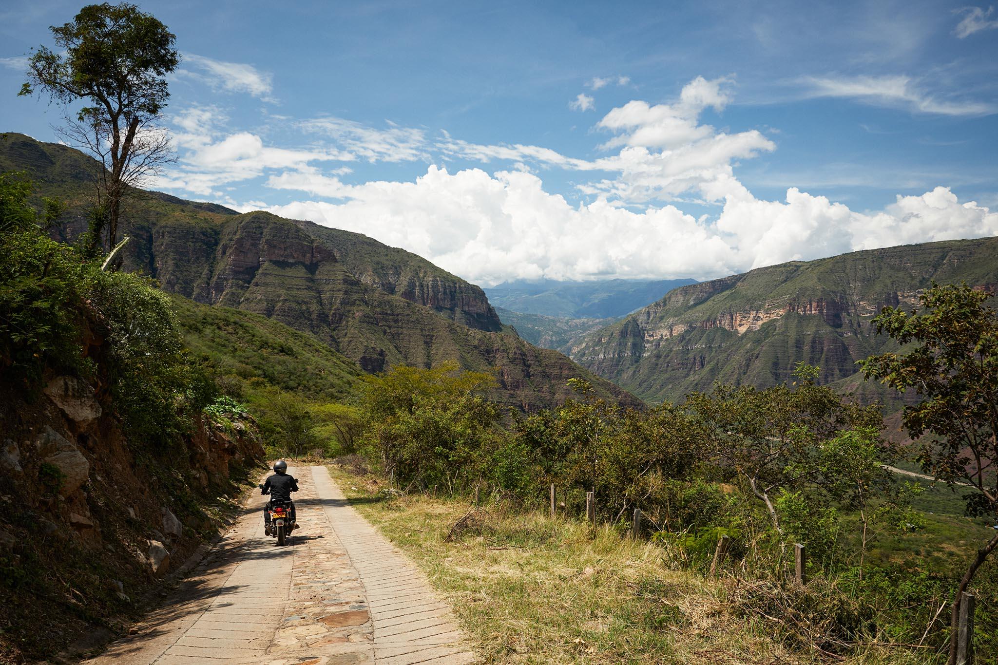 Le canyon del Chicamocha route en direction du village de Jordan