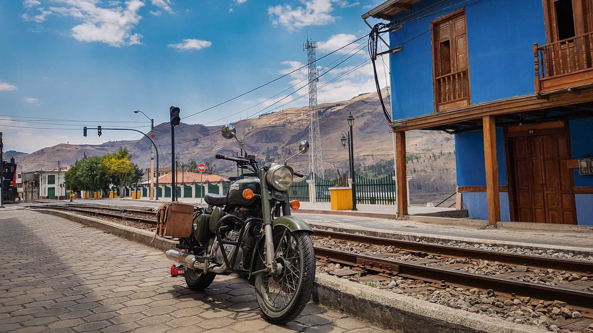 Roadtrip_Equateur_Royal_Enfield