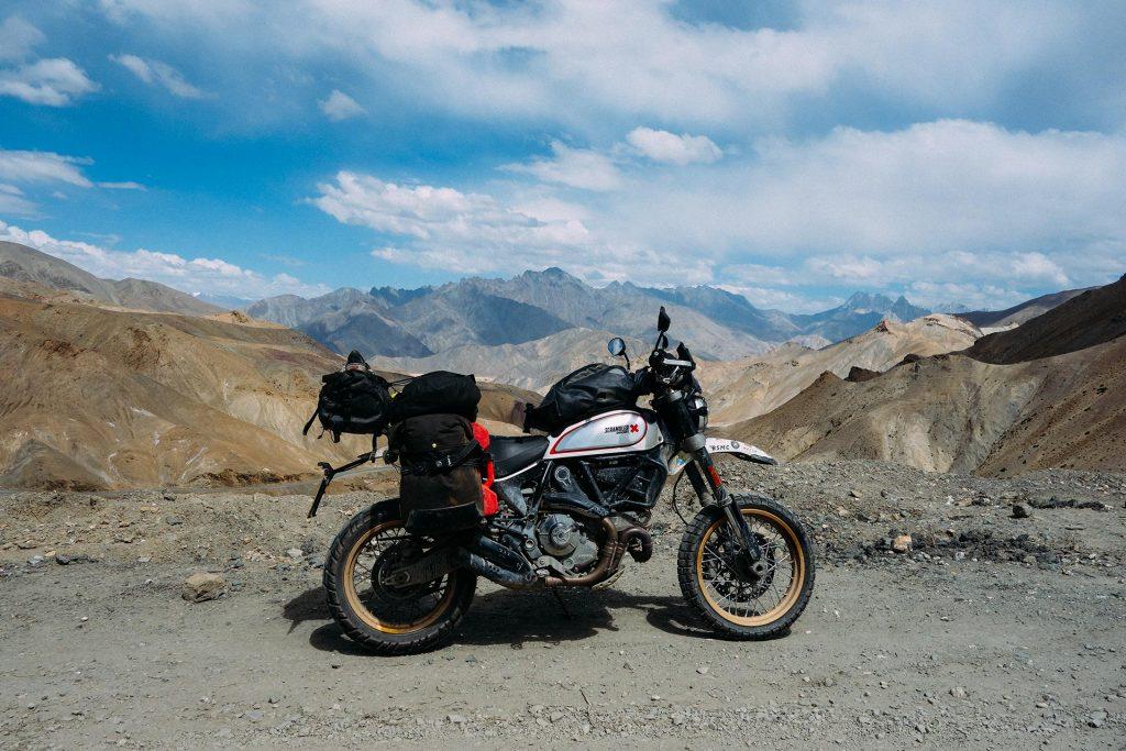 Record du monde - Henry Crew de Leh à Kargil