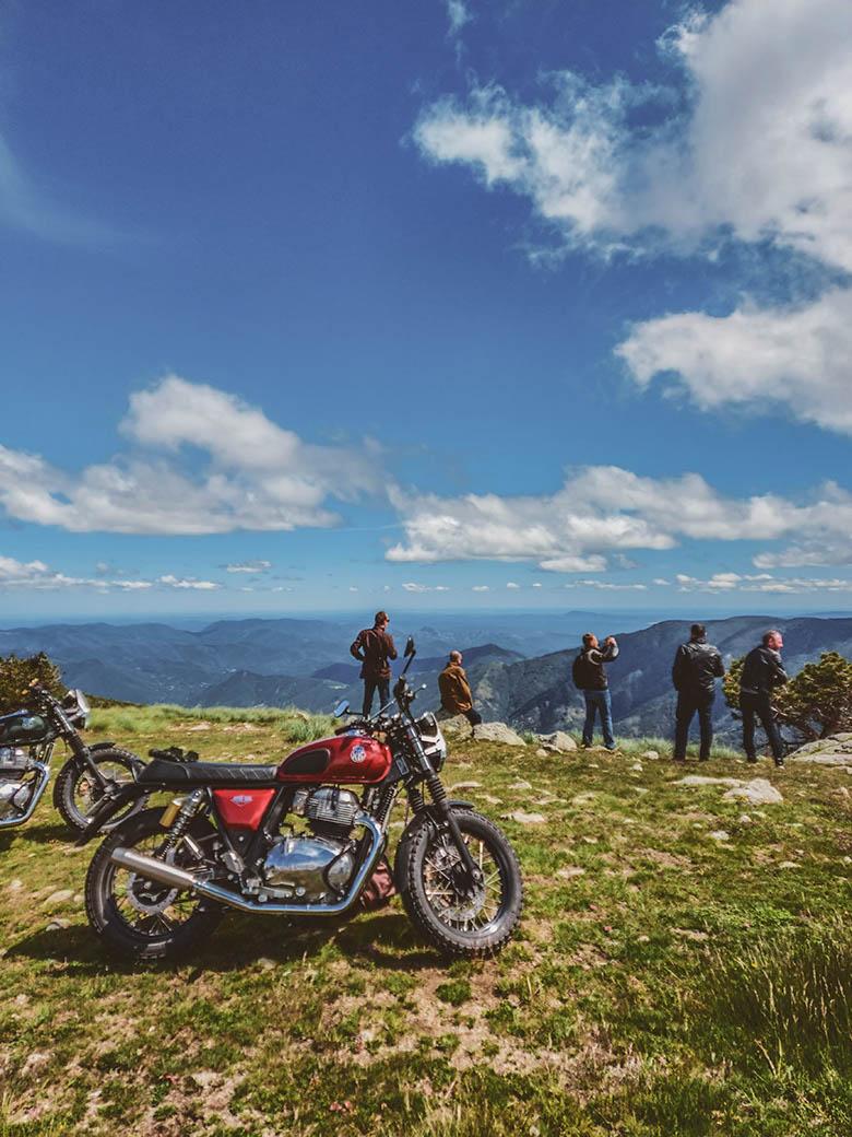 Ballade à moto dans les Cévennes. été 2020