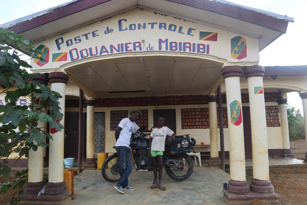 Poste de controle douanier de Mbiribi