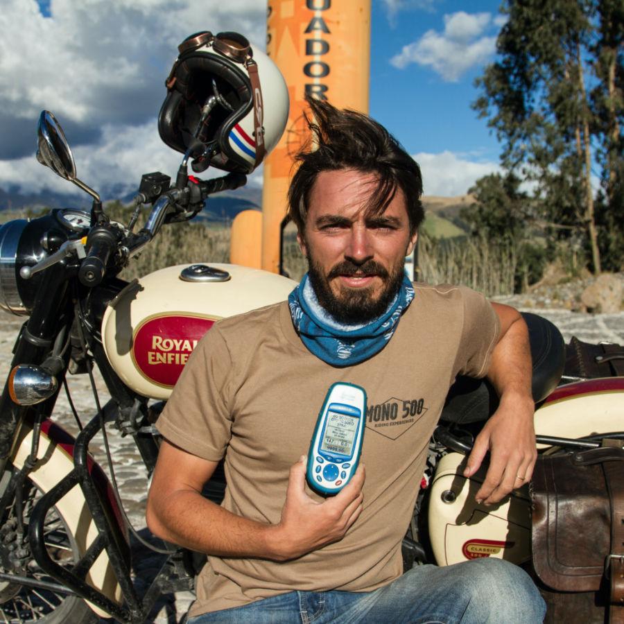 guide moto en équateur