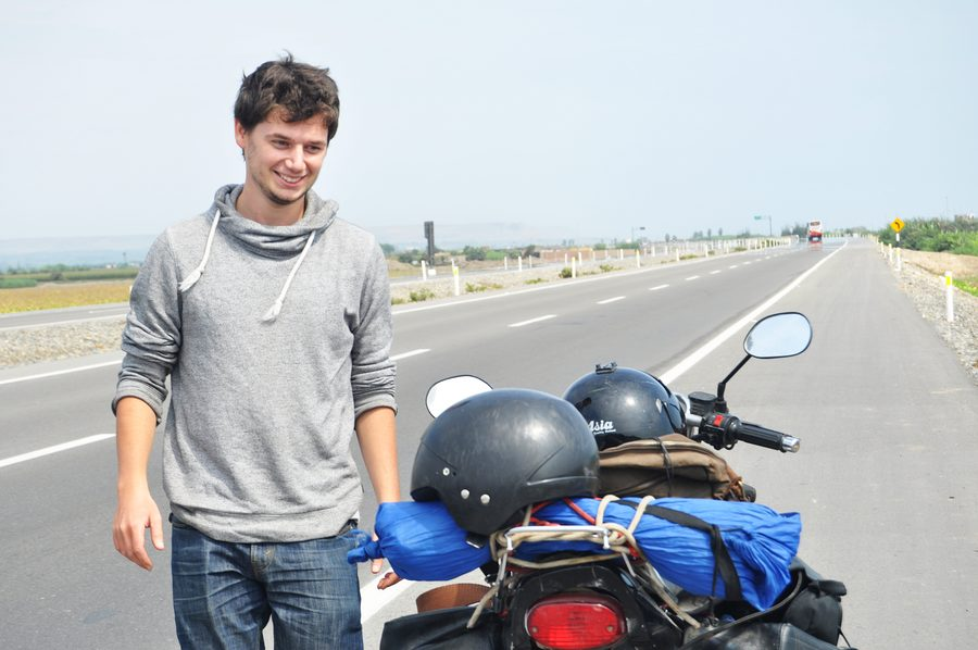 À 25 ans, Jonathan finance 28 mois de roadtrip grâce au poker