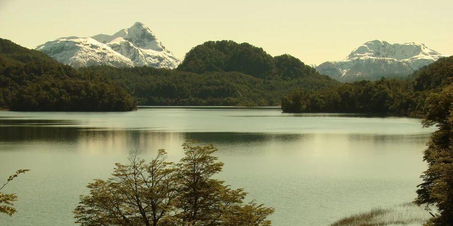 lac-Correntoso-Patagonie_900_450